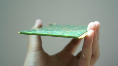 1 元钱 PCB 板,一段近百道工序的漫长「旅程」
