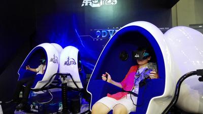 VR 不成熟又怎样?已经有人在靠「体验馆」捞钱了