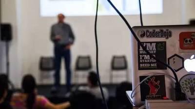 HAX 用高质量的项目路演,告诉世界怎样做一个很酷的硬件加速器