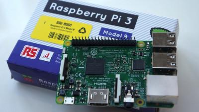 树莓派 3 本周开卖,增加 Wi-Fi、蓝牙,升级 64 位处理器