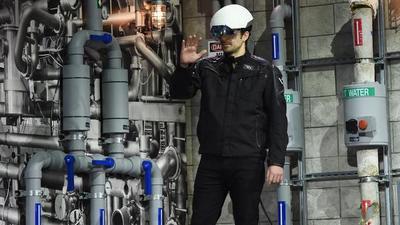 英特尔计划开发应用 RealSense 的增强现实头盔,加入 AR 角力
