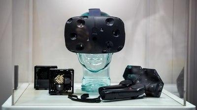 VR 设备在成为下一个内容平台的路上,已经秒杀了它的「前辈」任天堂的 Wii