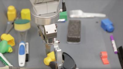 自学抓取物体的机械臂,Google机器学习再次震惊世界