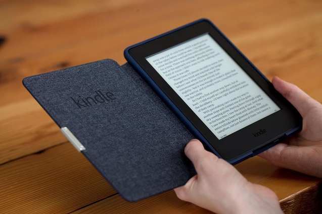 Uploads%2farticles%2f10737%2famazon kindle paperwhite 2015 in hand 1500x1000
