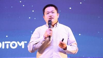 诺亦腾联合创始人兼 CEO 刘昊扬:把酷炫变成生意
