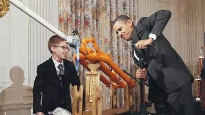 奥巴马第一次看到他的时候他还是一个小正太,现在的他带着创客理想来到了中国