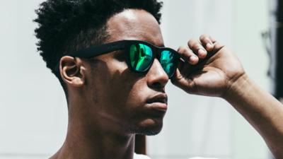 Zungle Panther 智能太阳镜:耍得了酷听得了音乐