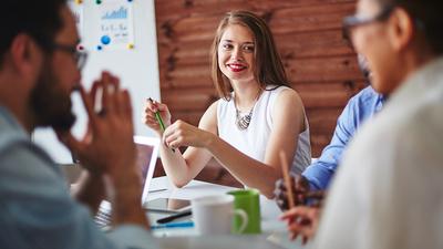 不管是制造业还是服务业,客户的满意最终都取决于快乐的员工