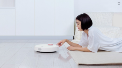 米家第一款扫地机器人,连你家几个平方都能测出来