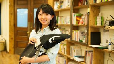 日本创客女孩与她的企鹅机器人,未来可能开拓一个全新的水下机器人市场