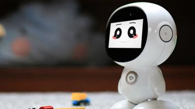 能卖萌,还能陪伴儿童学习的早教机器人:课程拉动硬件销售成主要商业模式