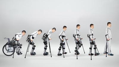 搭配智能化的检测分析系统,他们的外骨骼机器人让下肢运动功能障碍患者科学康复