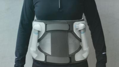 法国团队设计外骨骼机器人 Atlas,能让腰背疼痛者重获新生