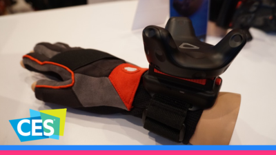 不玩单品玩生态,HTC 在 CES 现场推出两款 Vive VR 配件 | WARE @ CES 2017