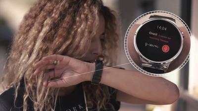 装上 MUDRA 表带,让你的智能手表加码「手势操控」特异功能