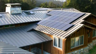 让供电公司付你电费,太阳能发电加家用储电池能从电网薅羊毛?