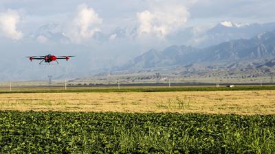 极飞的植保无人机即将飞向日本田间,外来创业公司如何面对本土巨头?