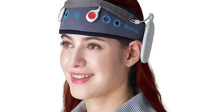 这个戴在头上的电击器能够治疗抑郁症?看韩国可穿戴医疗团队 Ybrain 怎么说