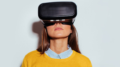 让 VR 体验摆脱眼镜!斯坦福大学新技术使 VR 显示更加接近自然视觉