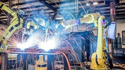 外资垄断下的国产工业机器人公司该如何破局求生?也许李群和橙子能给你启发 | 活动预告