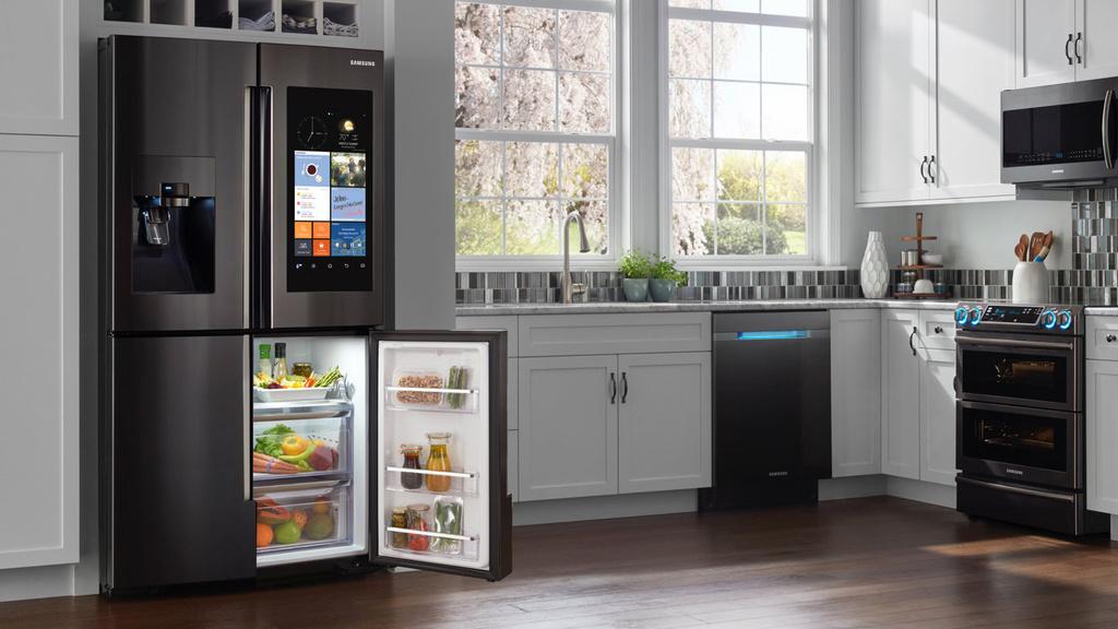 Uploads%2farticles%2f11551%2frsi ctt lifestylewhitecabinetsfamilyhubopen 1440 refrigerators 063016 2