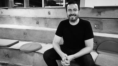 他负责 Kickstarter 在硬件圈人气最高的板块,认为商业化运作并未改变众筹初心 | 深度专访