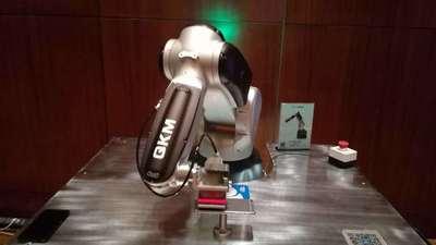四年产品布局,自研机器人「大脑」,李群自动化要领跑小轻量级机器人