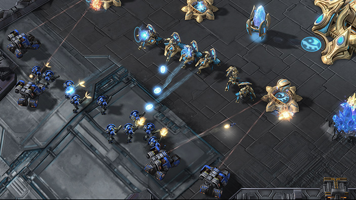 Uploads%2farticles%2f11731%2fcyclone protoss large