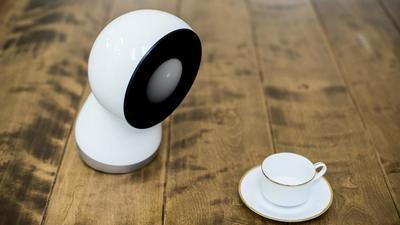 Indiegogo 众筹明星 Jibo 机器人终于发货了,它是拥有「情感」的社交机器人吗?