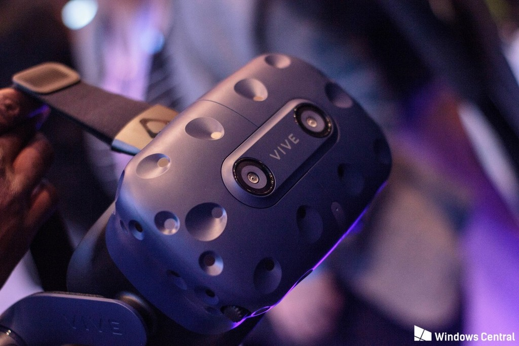 Uploads%2farticles%2f12074%2fvive pro cameras