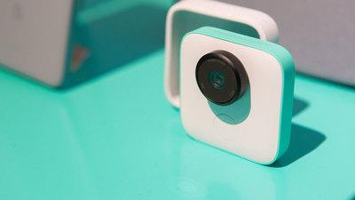 Google 首批 AI 相机 Clips 已售罄,它会成为一名合格的「摄影师」吗?