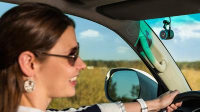 搭载了 Alexa 的汽车配件表现如何?集导航、行车记录于一体的 Garmin Speak Plus 测评