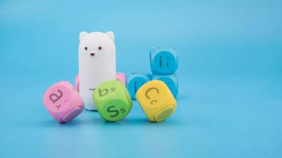 早教故事机缺乏新意,这款会说话的拼装学习积木作为六一萌物还不错
