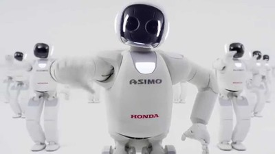 18 岁的 ASIMO 还没参加成年礼就要说再见,主要原因是无法商用