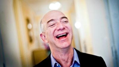 打开百亿级语音购物市场,Alexa 助力贝索斯当上「历史上最富有的人」