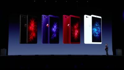 锤子发布会:拍照比 iPhone 8 还好的坚果 Pro 2S,用别人家显示屏的 TNT