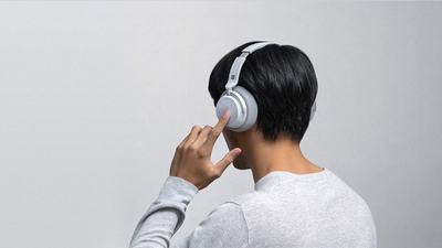 微软入局智能耳机混战,但智能并不是最重要的看点