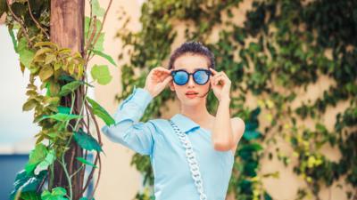 腾讯微视推出一款类 Spectacles 的视频录制眼镜,双十一开卖