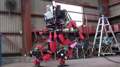 没波士顿动力命好,Google 母公司旗下另一机器人部门 Schaft 因找不到买家面临停工
