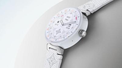 LV 第二代智能手表:5 天待机、30 米防水、NFC 支付,是最贵的 Wear 3100 设备