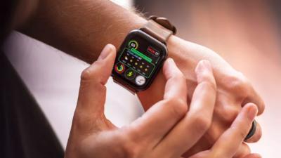 每 6 个美国成年人中就有 1 个戴智能手表,其中 15% 的人会用来控制家居 | 报告