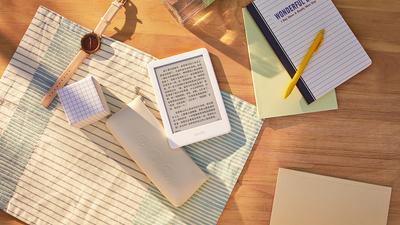 Kindle 新一代「泡面盖子」开卖,内置阅读灯,售价 658 元