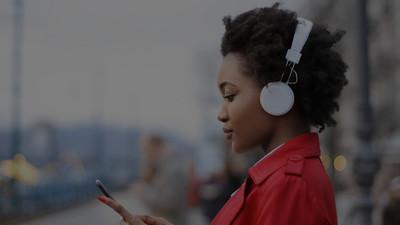紫光展锐推出「春藤 5882」超低功耗 TWS 真无线蓝牙耳机芯片