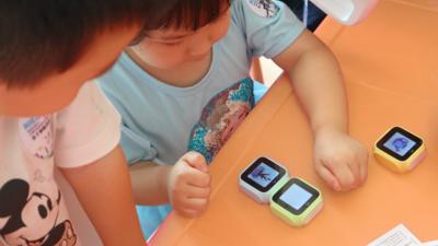 动手动脑玩故事,梧童指尖交互机器人上手 | 硬件 101