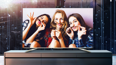 海信发布首款社交电视,带摄像头,支持六路视频通话