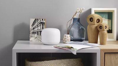 Google Nest WiFi:智能音箱、路由器的结合体,支持语音控制