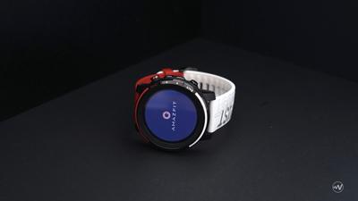 开箱图赏:Amazfit 智能运动手表 3 星战限量版,红白配色、细节惊喜 | 硬件 101