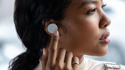 微软 Surface Earbuds 国行终于开卖,耳边的生产力,售价 1588 元