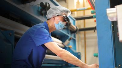 Rokid 与德国 TWE 集团达成合作,Rokid Glass 2 重磅落地制造行业