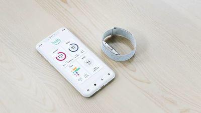 亚马逊推出 Halo 手环,支持睡眠监测、体脂测量、还能分析语气,只收会员费